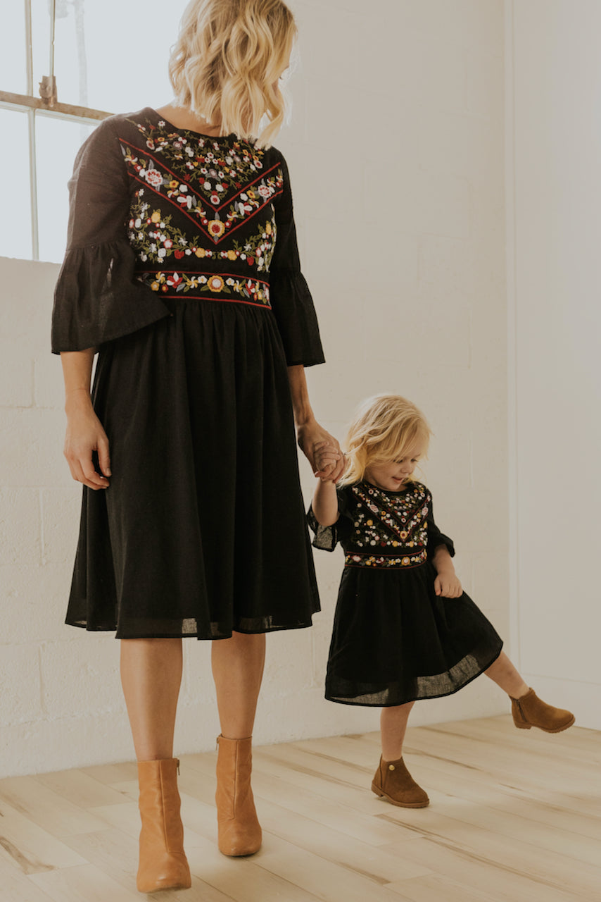 Embroidered Mom and Daughter Matching Dresses | ROOLEE