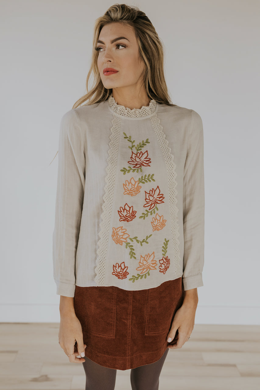 Cute floral embroidered blouse | ROOLEE