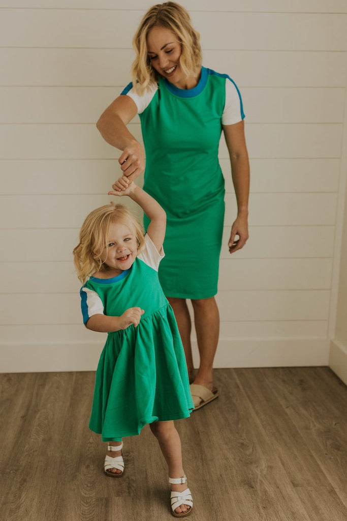 Matching Modest Dresses for Mommy and Me | ROOLEE