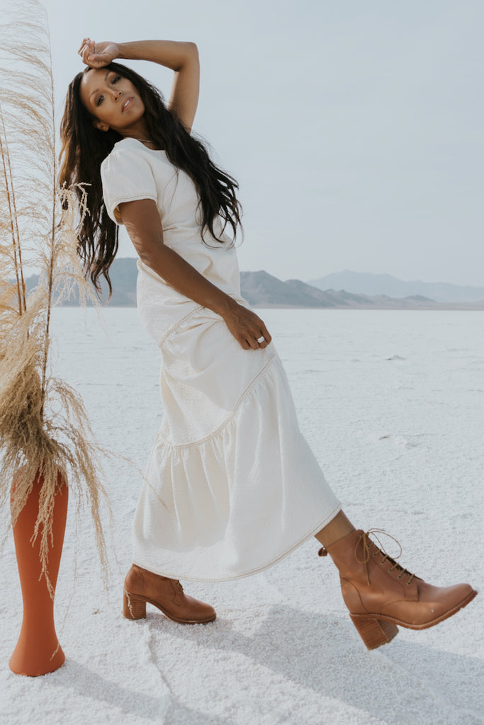 Short sleeve white maxi dress | ROOLEE