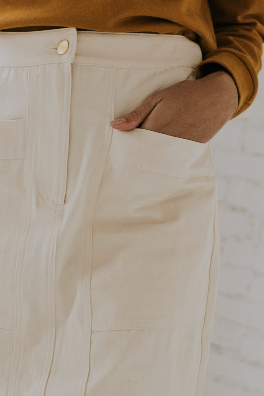 White patchpocket skirt | ROOLEE