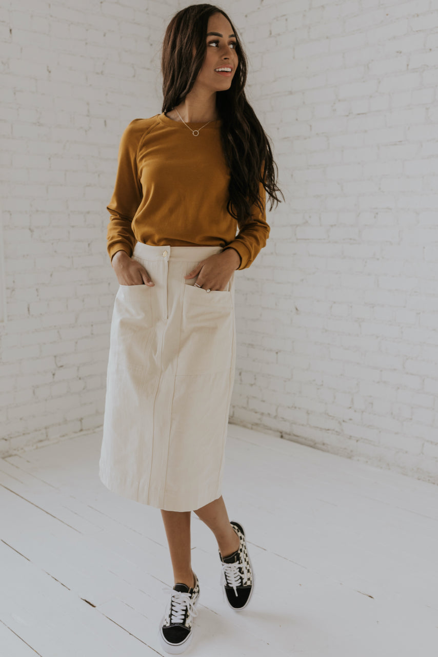 Clean white skirt | ROOLEE