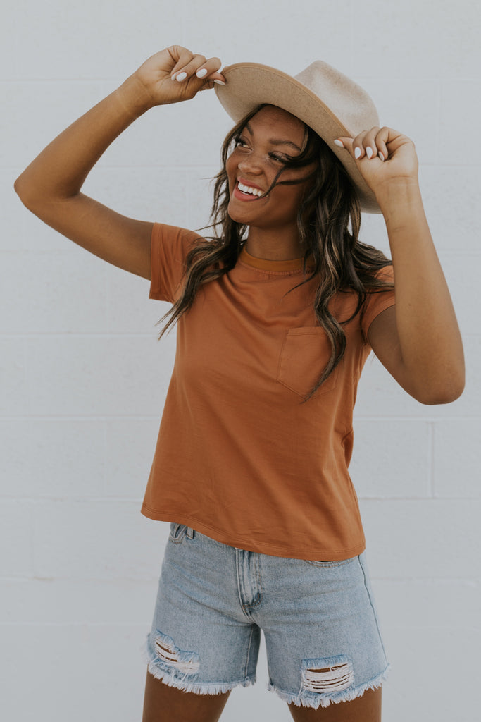 Cropped simple ringer tee | ROOLEE