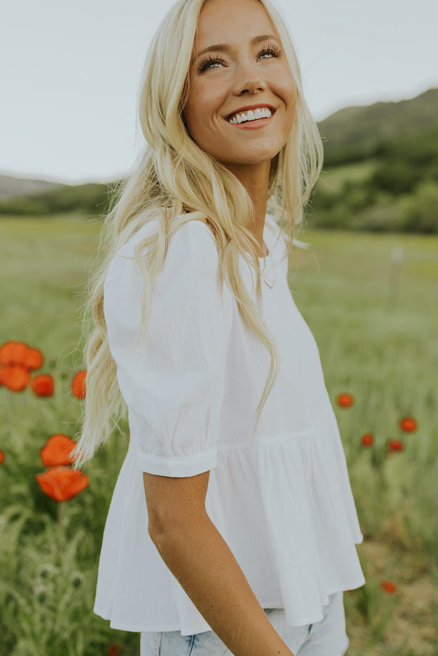 Puff sleeve white blouses | ROOLEE