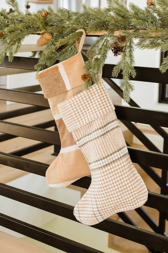 Cute plaid stocking | ROOLEE