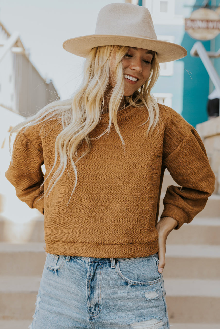 trendy pullovers in rust | ROOLEE