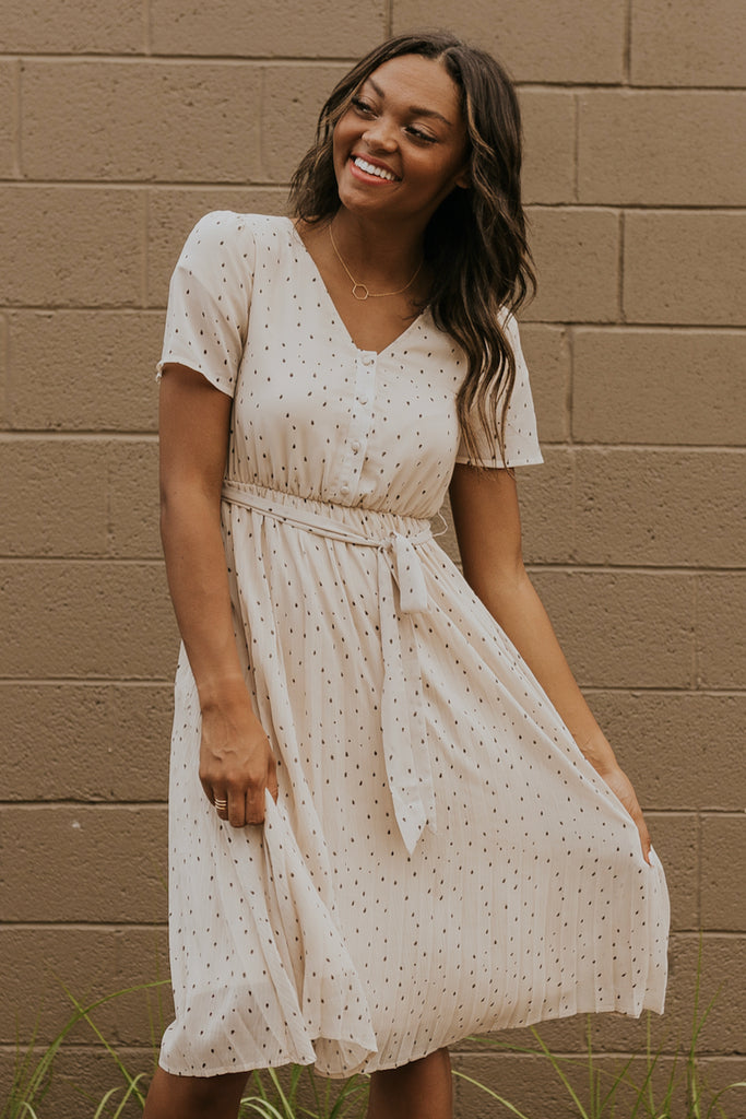 V neck midi length polka dot dress | ROOLEE