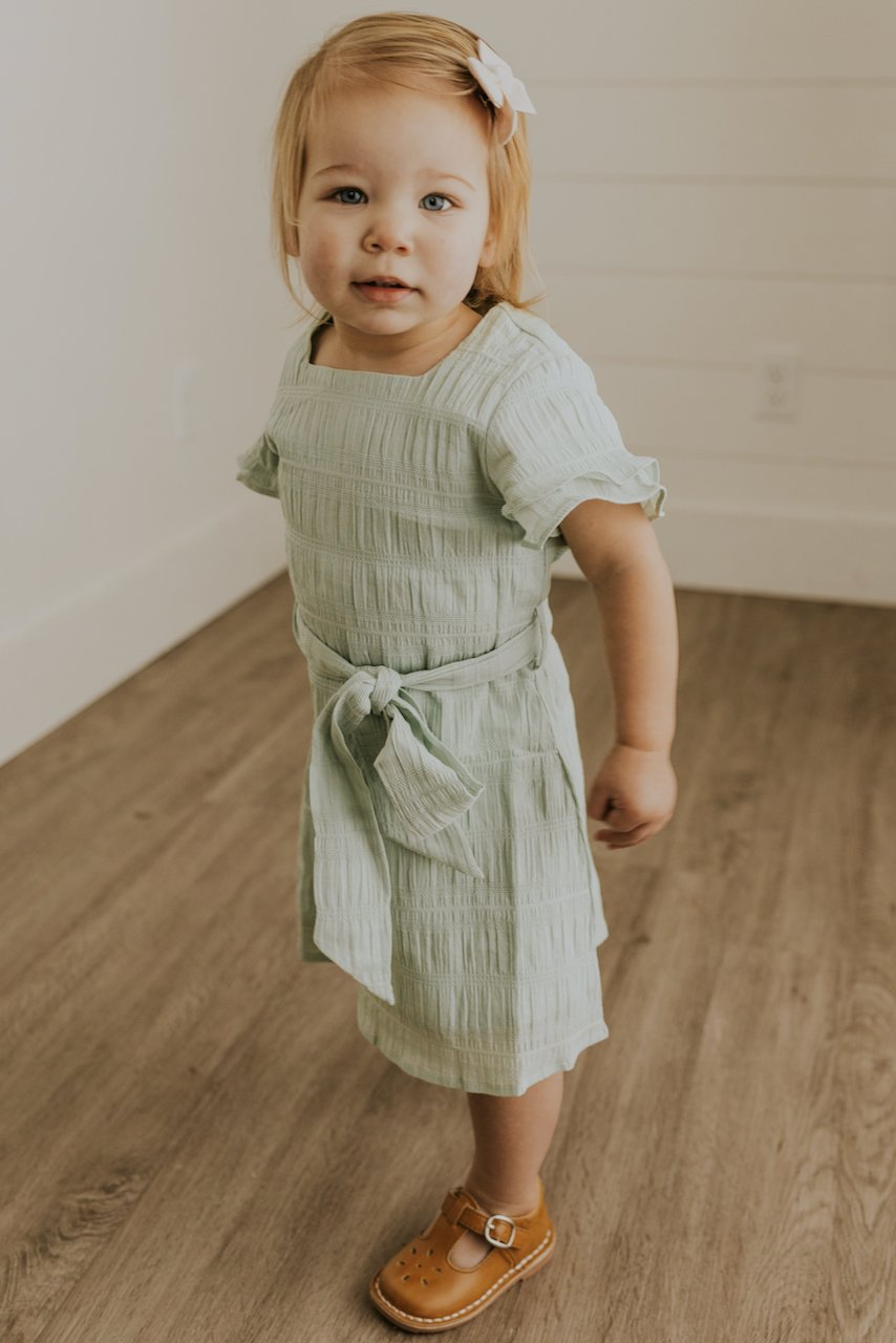 Little Girls Simple Ruffle Dresses | ROOLEE