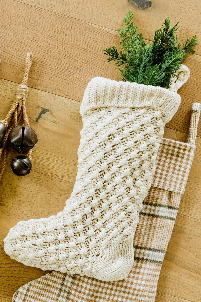 White knit stocking | ROOLEE