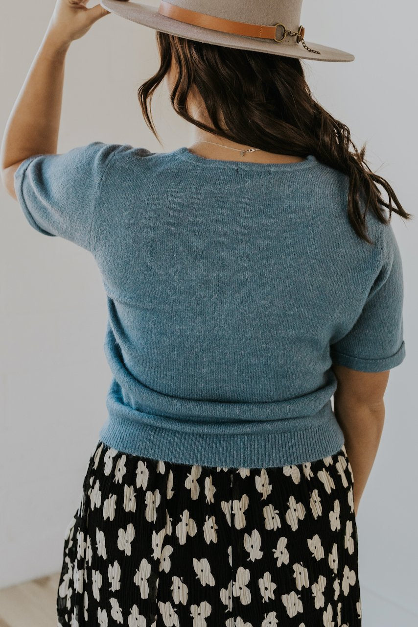 Simple sweater tops for women | ROOLEE