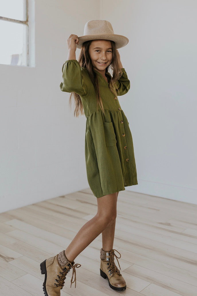 Cute green holiday dress | ROOLEE
