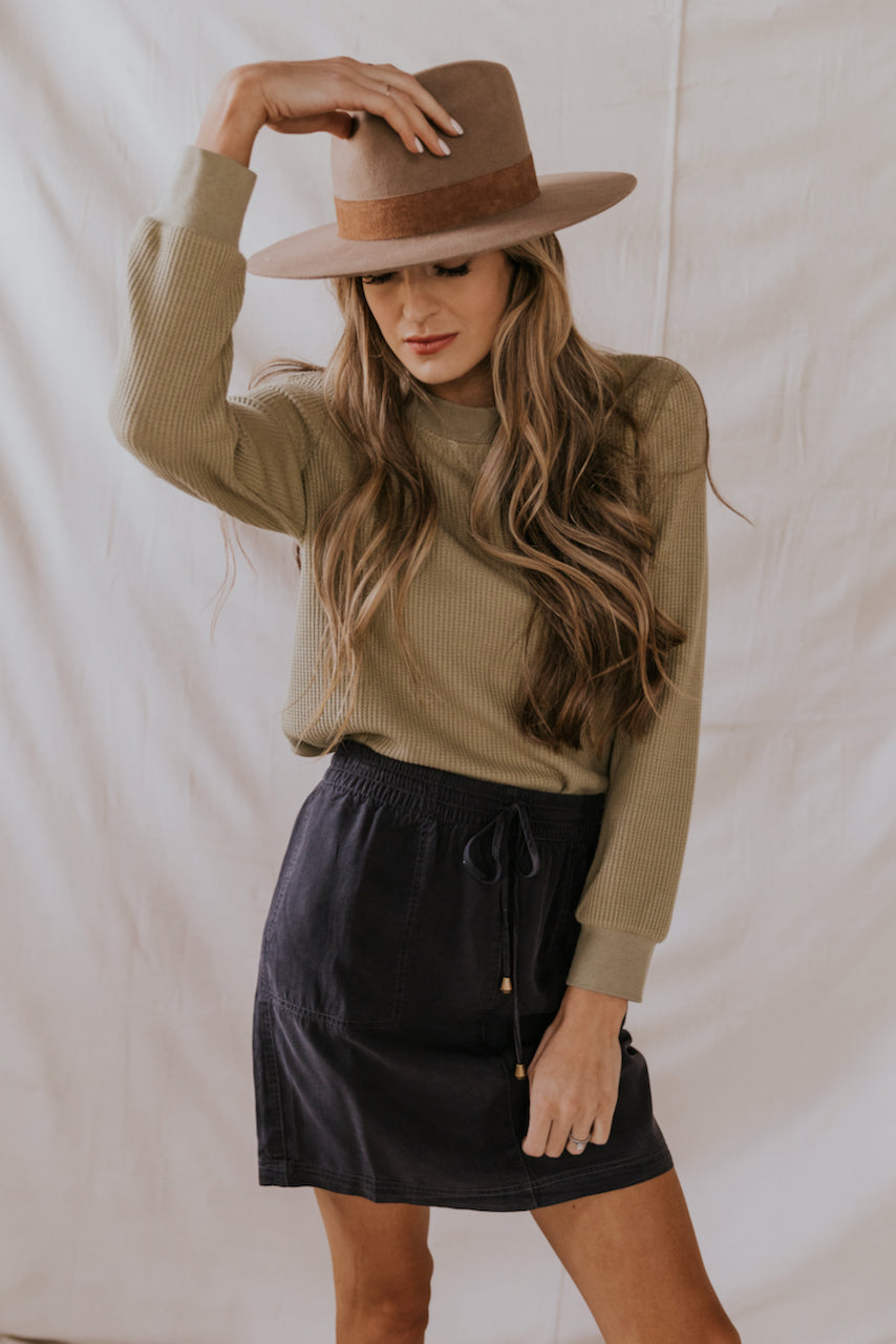 Cute Neutral Outfits | ROOLEE