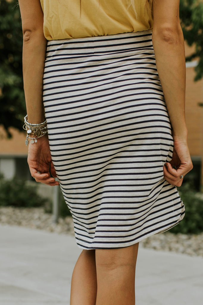 Cotton Knit Skirt w/Navy Stripes | ROOLEE