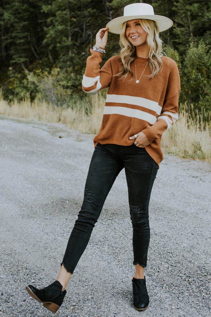 Striped Sweater Outfit | ROOLEE