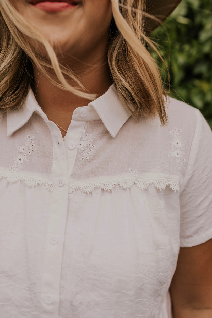 White Button Down Detail | ROOLEE