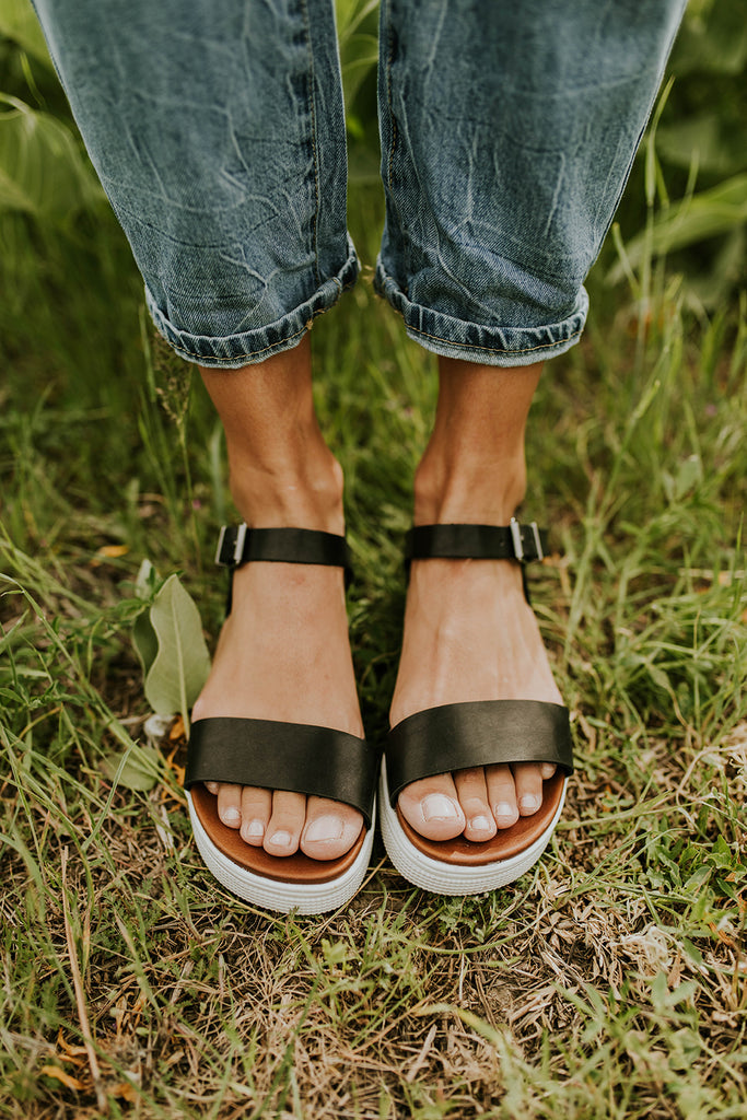 Black Platform Sandals | ROOLEE
