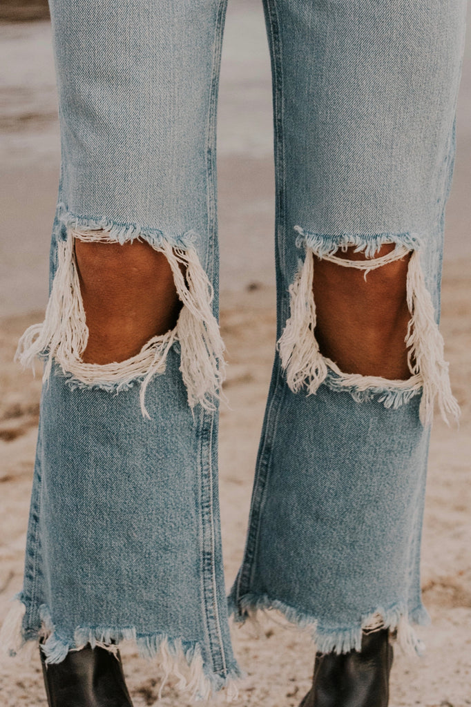 Blue Jeans With Holes | ROOLEE