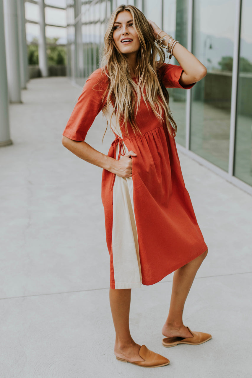 Izabela Contrast Dress in Red | ROOLEE