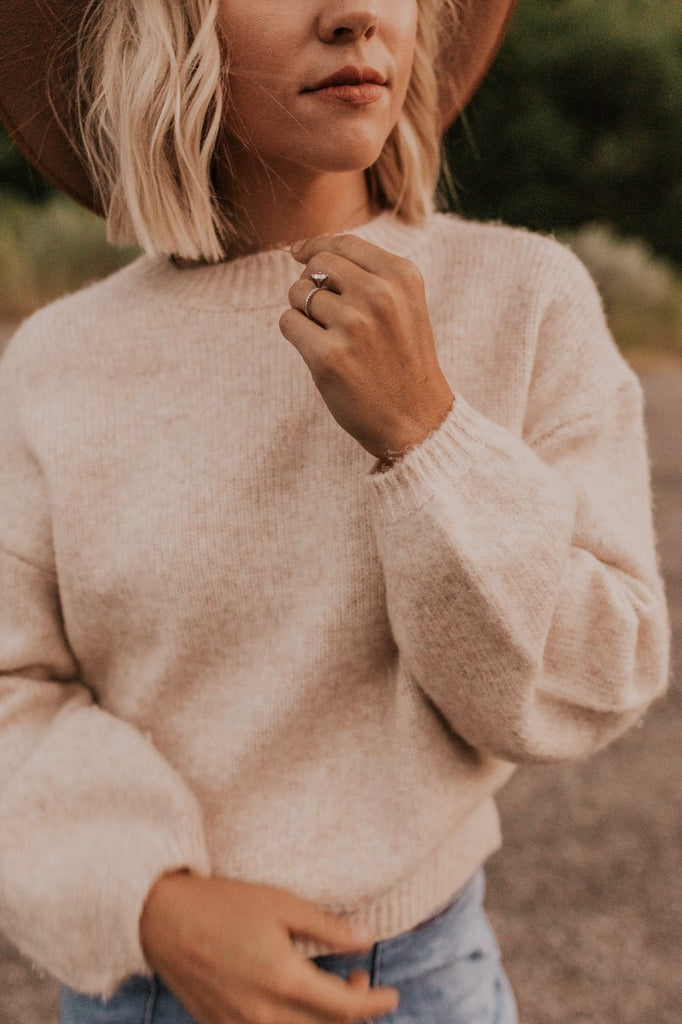 Cropped Cream Sweater | ROOLEE