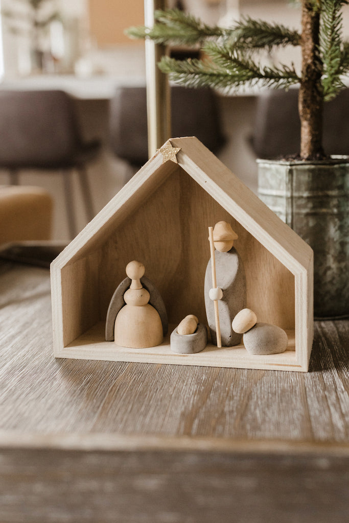 Wooden Nativity Set | ROOLEE