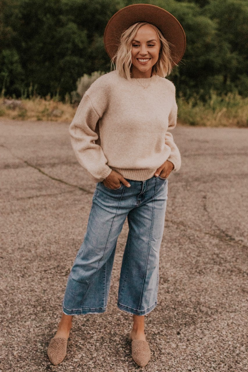 Casual Fall Sweater Outfits | ROOLEE