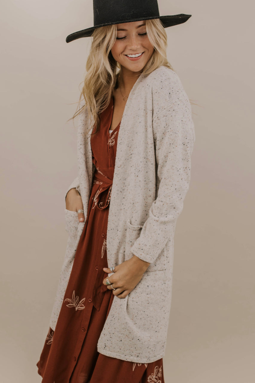 Long Pocket Cardigan Outfit Ideas | ROOLEE