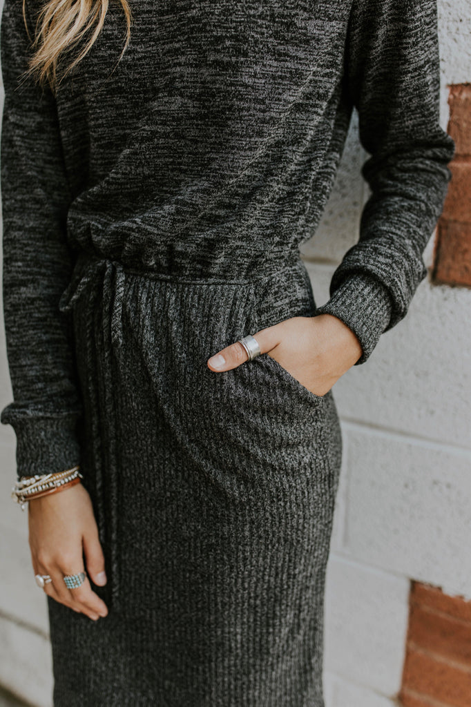 Casual Dress Outfit Ideas For Women| ROOLEE