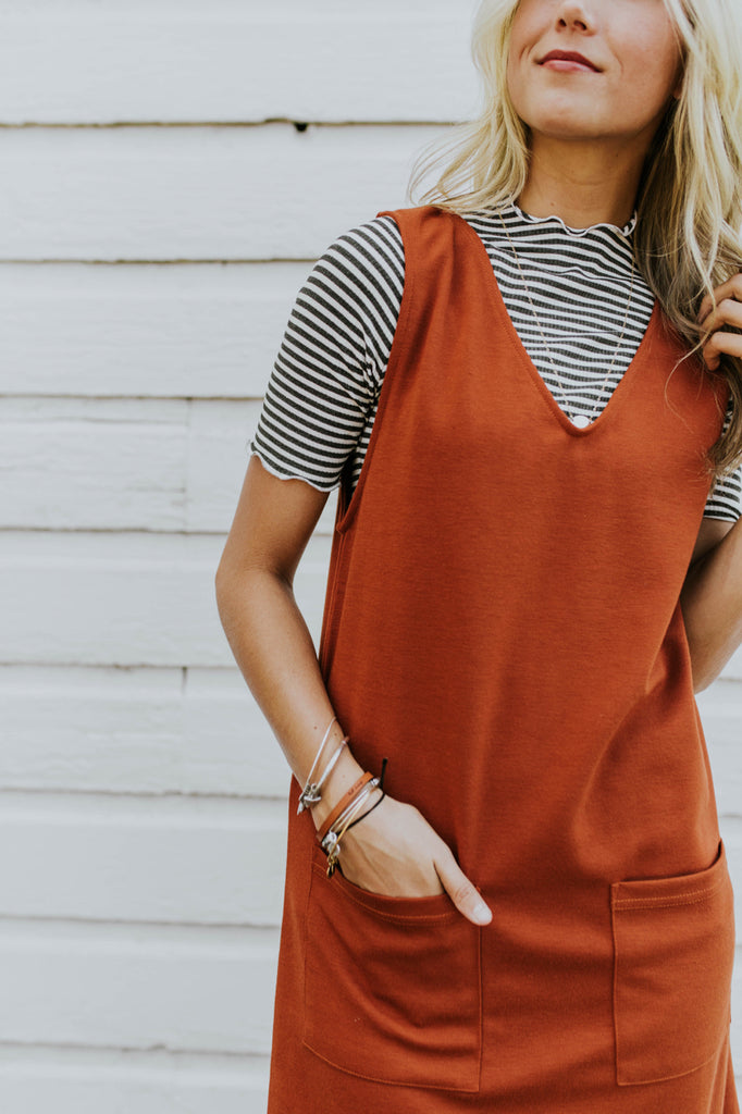 Deep V-Neck Jumper | ROOLEE