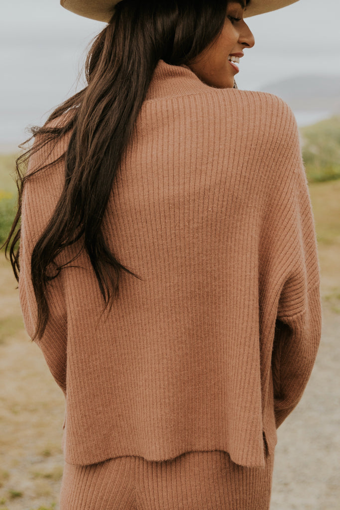 Simple pink oversized sweater | ROOLEE