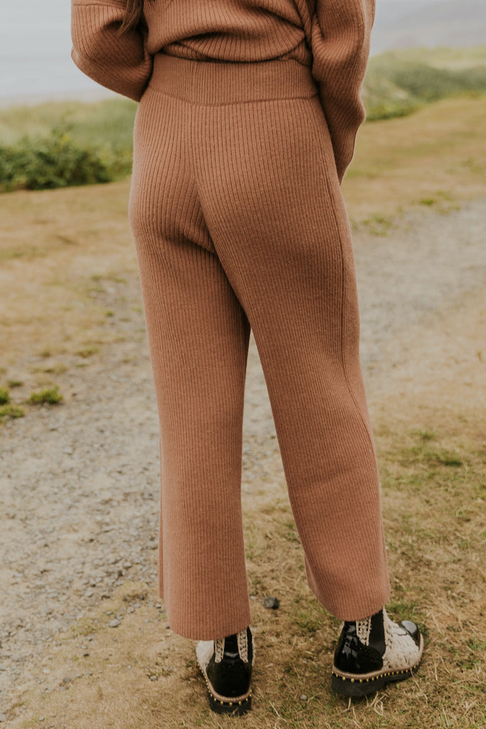 Cute pink knit sweater pants | ROOLEE