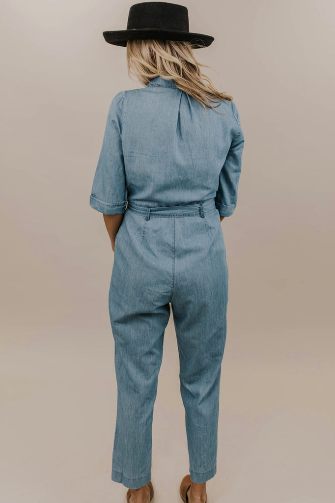 Denim Jumpsuit Outfit Ideas | ROOLEE