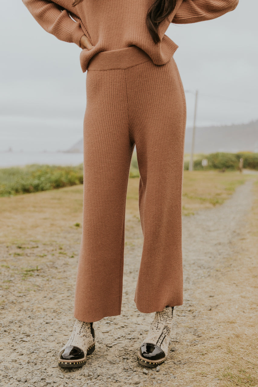 Cute rib knit pink pants | ROOLEE