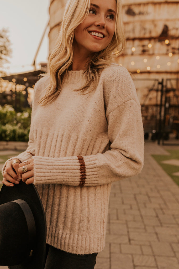 Simple Knitted Sweater | ROOLEE