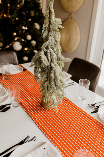 Red and White Table Runner | ROOLEE