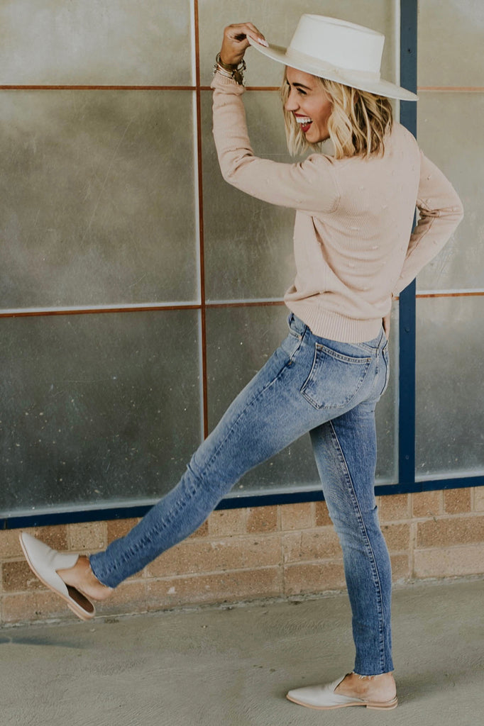 Pink Sweater Outfit | ROOLEE