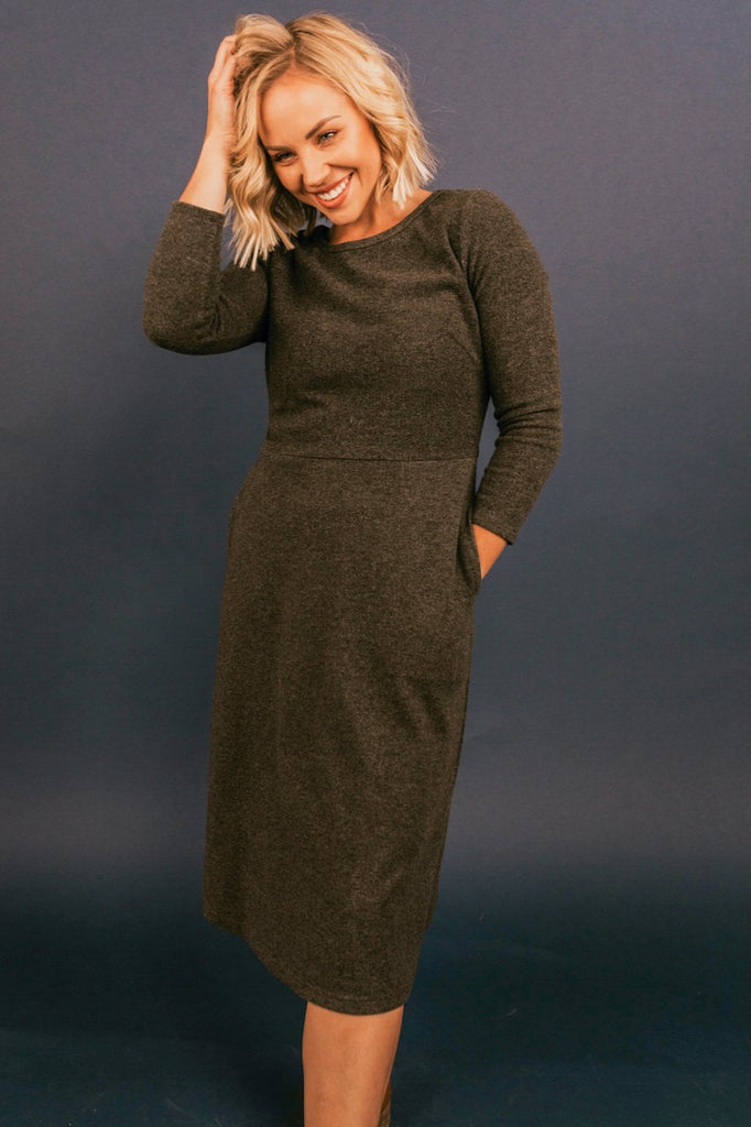 Gray Spring Maternity Dresses for MOM | ROOLEE