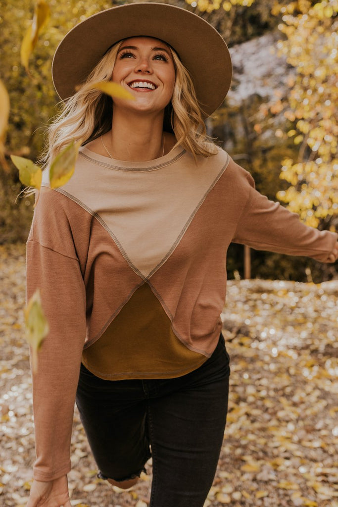 Geometric Design Neutral Fall Top | ROOLEE