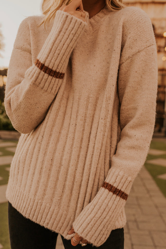Knitted Sweater for Fall | ROOLEE