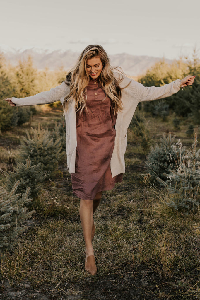 Fall Huckleberry Dress Outfit | ROOLEE