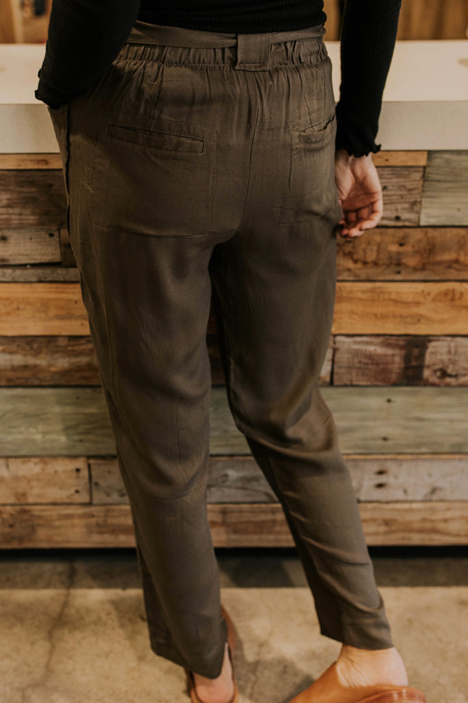 Cute Tie Pant Ideas | ROOLEE