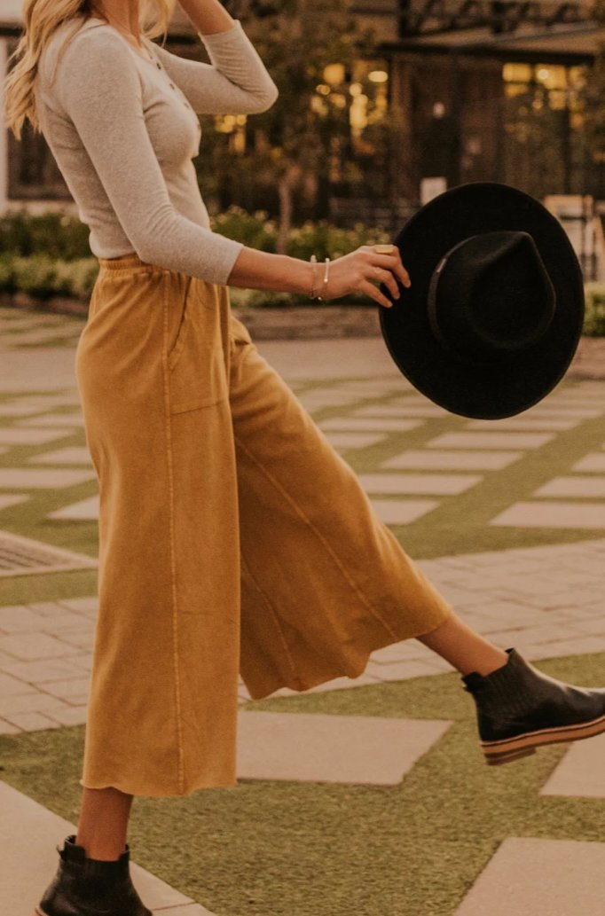 Fall Fashion For Women | ROOLEE