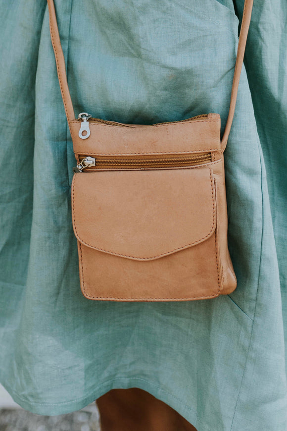 The Oxford Crossbody | ROOLEE