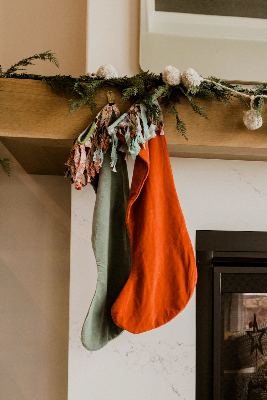 Red And Green Stockings | ROOLEE