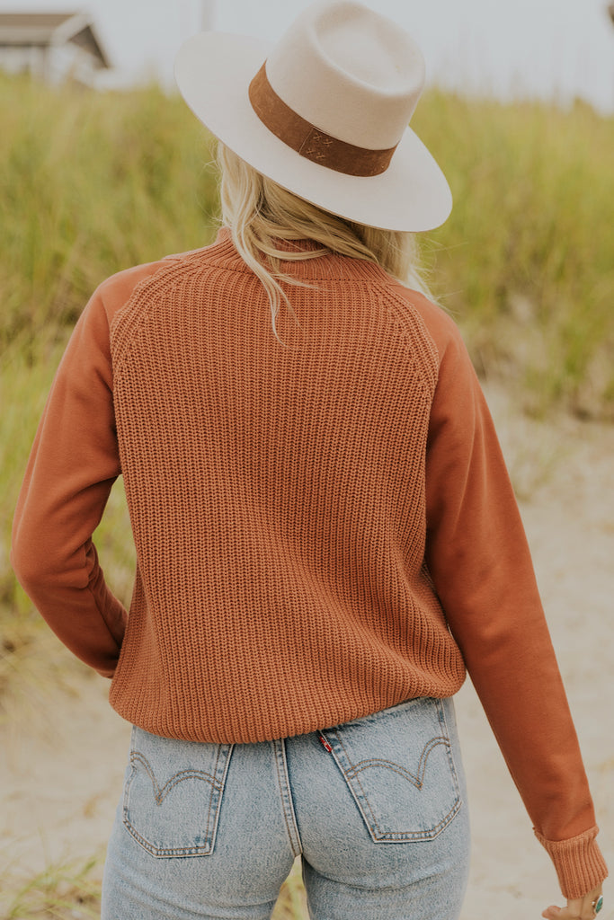 Two texture red fall sweater | ROOLEE