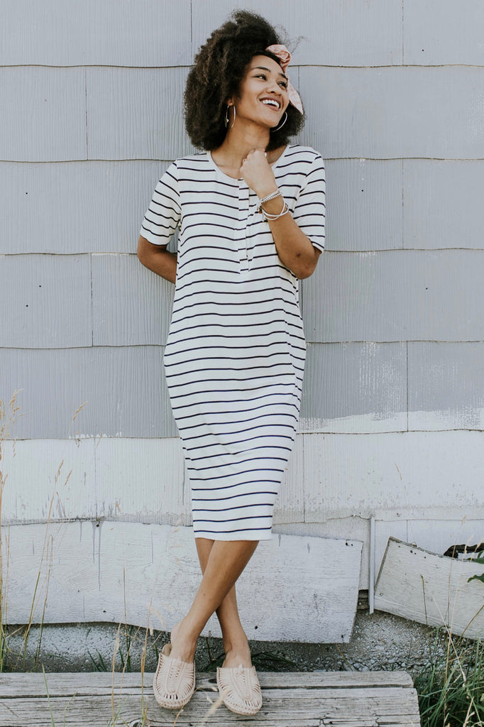 Short Sleeve Stripe Dress Outfits | ROOLEE
