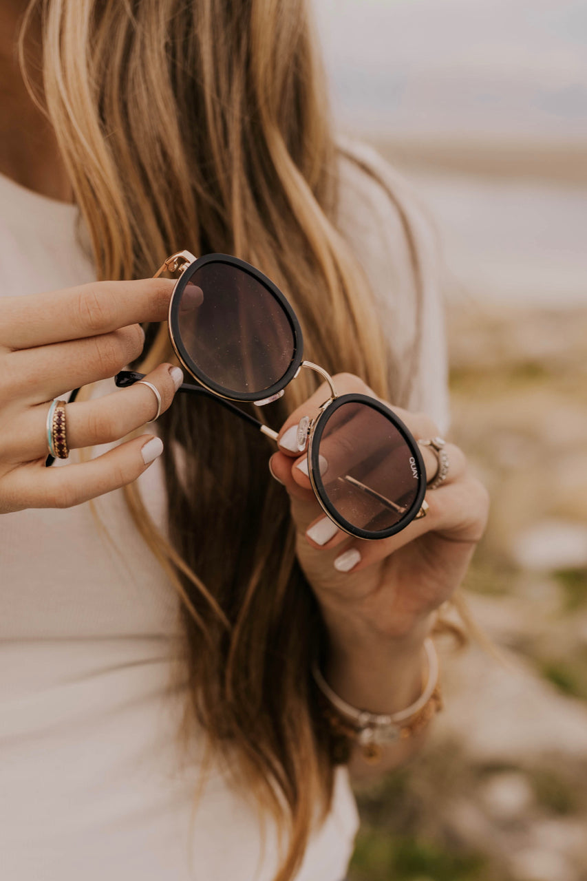 Black Sunglass Ideas | ROOLEE