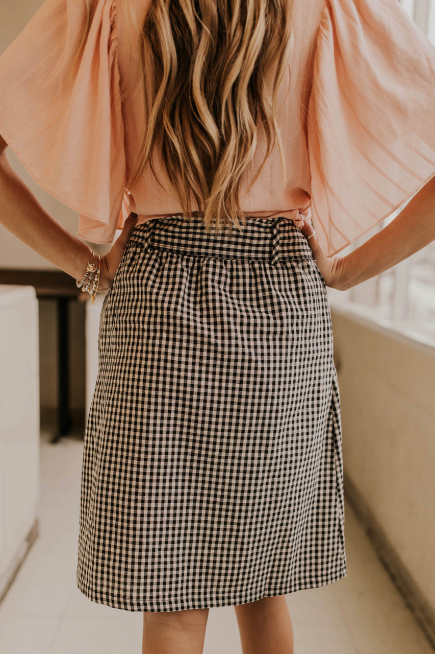 Modest Skirt Outfit Ideas | ROOLEE