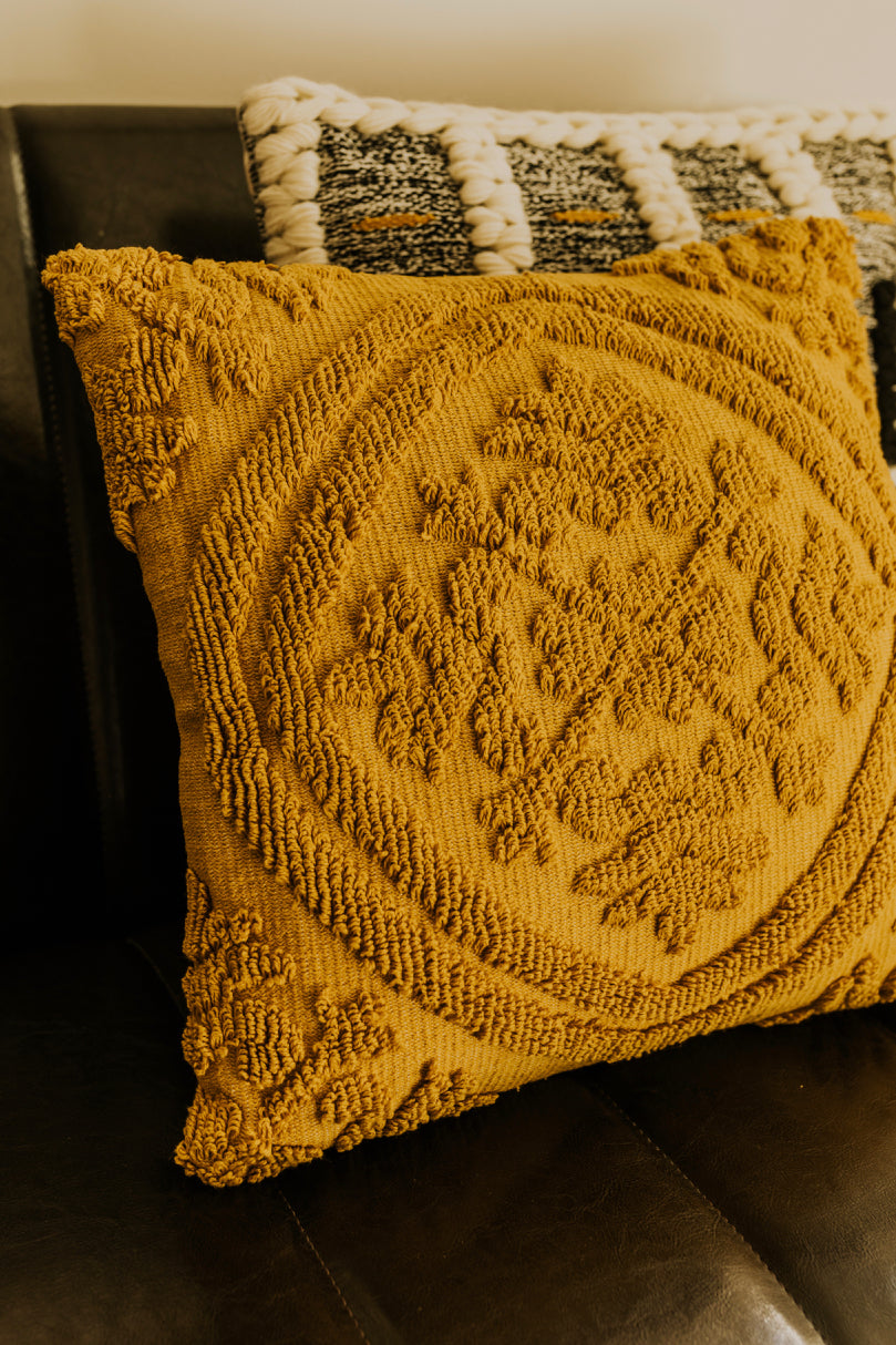 Textured Throw Pillow | ROOLEE