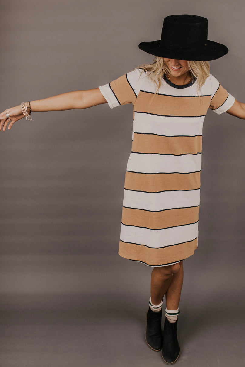 Striped Dress Outfit | ROOLEE