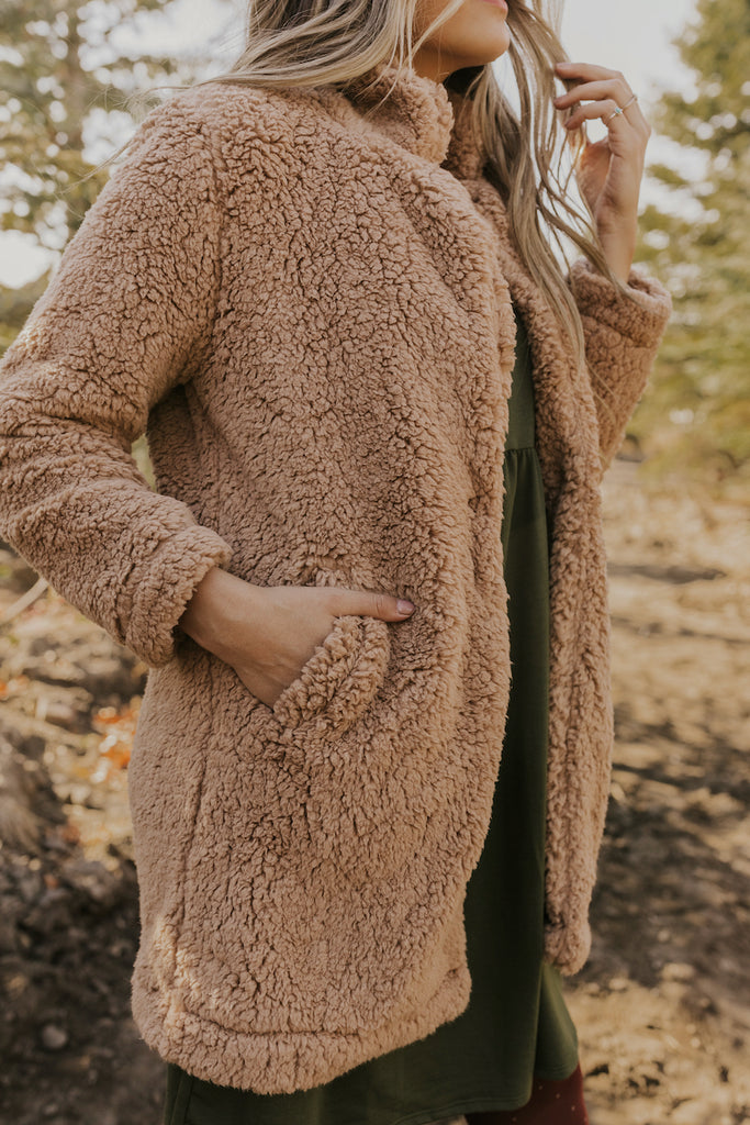 Coats with Sherpa Pockets | ROOLEE